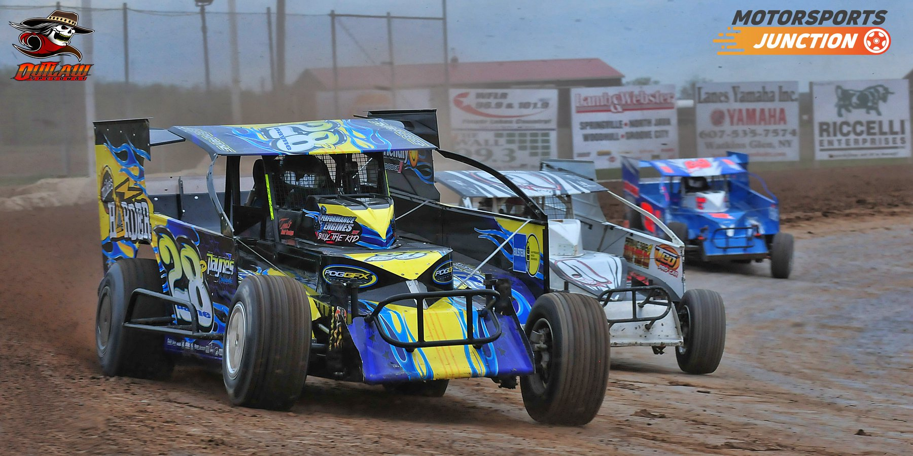 Action photo from Outlaw Speedway by Greg Mesler